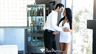 HD PureMature - Exotic Anissa Kate serves drinks from say no to pussy