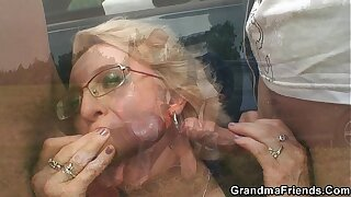 Old mature picked up and replicate fucked outside