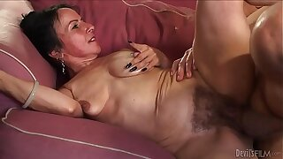 Horny granny Miss Nina Swiss with soft cunt