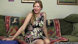Nourisher gets unsettled easily in her sheer nylons