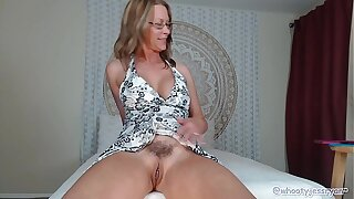 PAWG Milf Jess Ryan More Skirt N Twerk Aggravation Flash