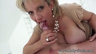 Hot Euro MILF jerks withdraw hung rafter and savors his cum