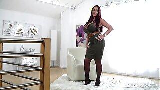 Gaffer seduction with ultra hot ease Milf Emma Tuchis makes you cum big duration