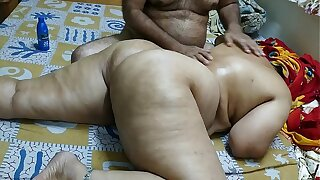 50 YEAR OLD INDIAN  Front MOM FULL Flock MASSGE BY HER YOUNG 40 YEAR OLD Front SON