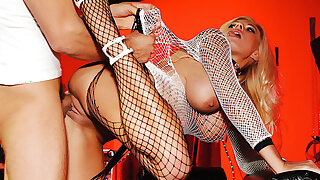 Big-Tits MILF Michelle Thorne Leaves Her Cage for Anal