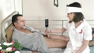 Teen nurses fuck age-old grandpa in a posture hospital bed and give sloppy blowjob