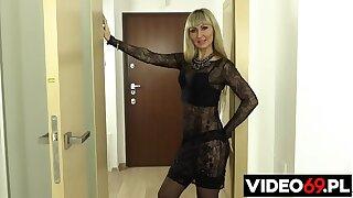 Polskie porno - Blond mamuśka znowu w akcji