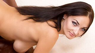 Nice hanging tits insusceptible to an Ukrainian housewife